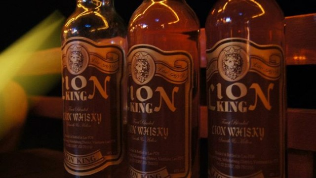 Lion King, whiskey cheaper than water on Don Det island
